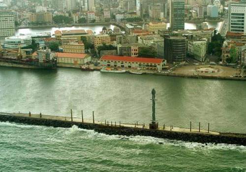 Vista do Parque das Esculturas e do Bairro do Recife. Fonte: www.skyscrapercity.com