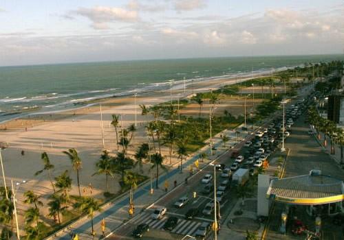 Praia do Pina. Fonte: www.actaturismo.com.br